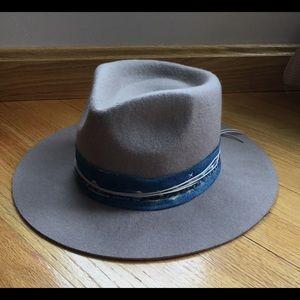 Lucky Brand Accessories - Lucky Brand Indigo Stitch Wool Hat NWT Cream 2232c278380a